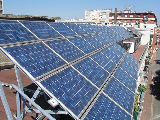 Aurinkoenergia tarjoaa monipuoliset mahdollisuudet yrityksille