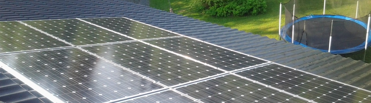 Aurinkopaneelit omakotitalon tai mökin katolle